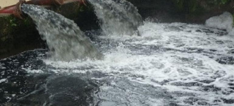 Chuyên gia Cộng hòa Séc giúp Việt Nam xử lý nước ô nhiễm